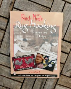 "Rezension Amy Oxford Buch ""Punchneedle Rug hooking"""