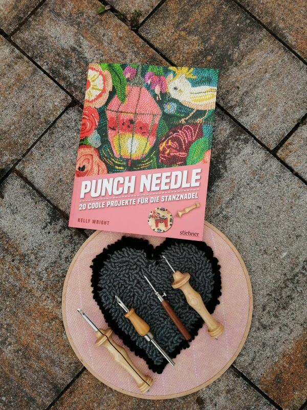 Punch needle - 20 coole Projekte für die Stanznadel - Rezension